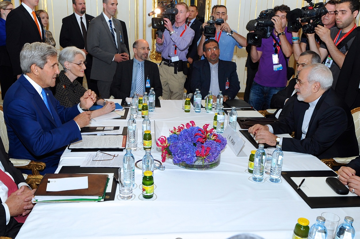 John Kerry and Mohammad Javad Zarif conduct a bilateral meeting in Vienna, Austria, 14 July 2014